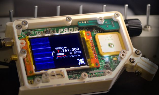 Portable SDR transceiver with integrated VNA and GPS